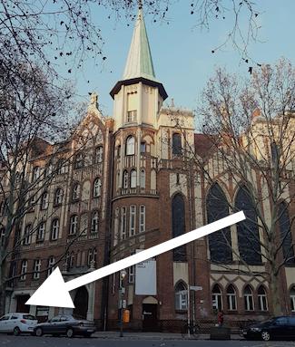 Eingang zum Gemeindesaal der Christuskirche